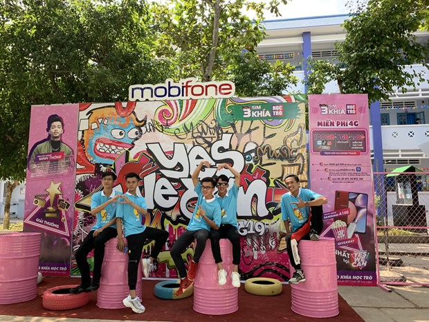 Hoc sinh chay het minh voi cuoc thi Dancefest - Dan Vu Yes We Can hinh anh 1