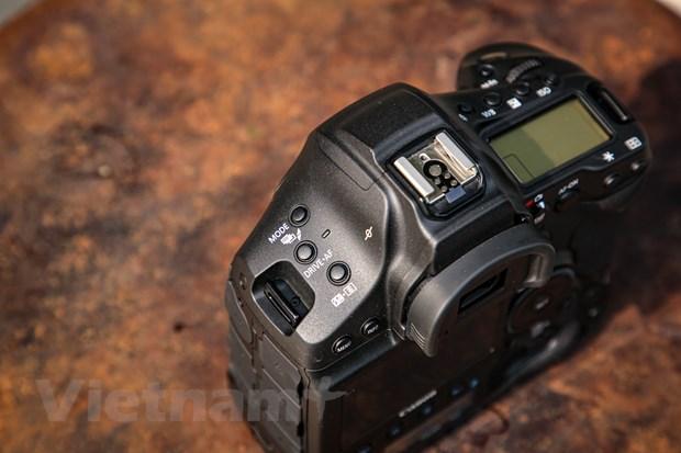 Chi tiet EOS-1D X Mark III: Binh cu nhung ruou moi cua gia dinh Canon hinh anh 11