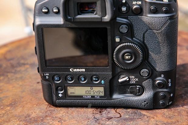 Chi tiet EOS-1D X Mark III: Binh cu nhung ruou moi cua gia dinh Canon hinh anh 13