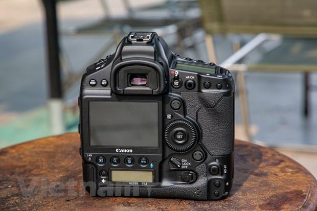 Chi tiet EOS-1D X Mark III: Binh cu nhung ruou moi cua gia dinh Canon hinh anh 9