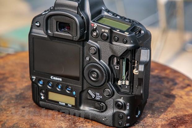 Chi tiet EOS-1D X Mark III: Binh cu nhung ruou moi cua gia dinh Canon hinh anh 10
