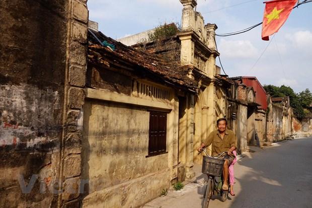 Lang Cuu – Ve dep 500 nam tuoi bi bo quen ngay thu do Ha Noi hinh anh 13