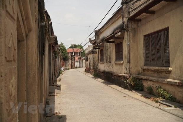 Lang Cuu – Ve dep 500 nam tuoi bi bo quen ngay thu do Ha Noi hinh anh 1