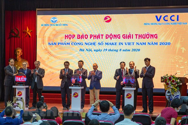 Phat dong giai thuong 'San pham cong nghe so Make in Viet Nam 2020' hinh anh 1