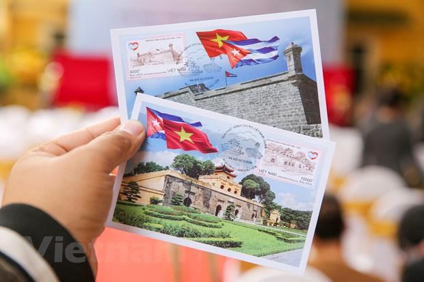 Viet Nam-Cuba phat hanh chung bo tem ky niem quan he ngoai giao hinh anh 2