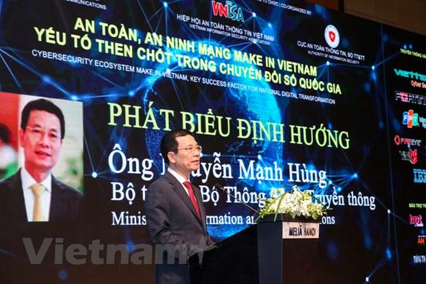 'Viet Nam phai khang dinh chu quyen va su thinh vuong tren mang' hinh anh 2