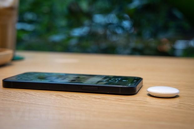 Tren tay AirTag: San pham re nhat nhung rat huu dung cua Apple hinh anh 8