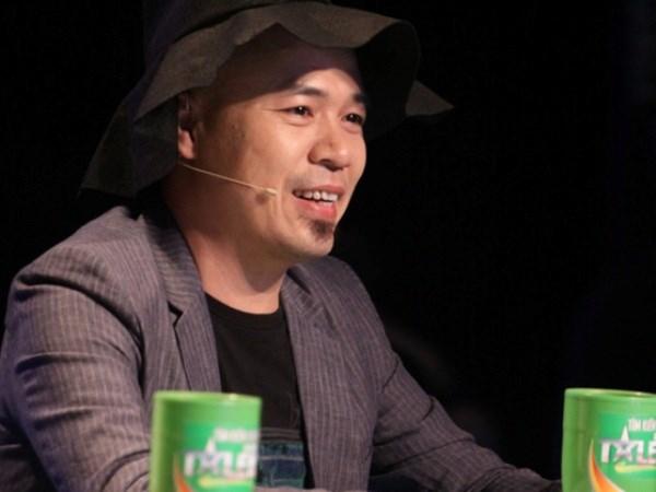 """Huy Tuan ngoi ghe Giam doc """"Hoc Vien Ngoi Sao"""" hinh anh 1"""