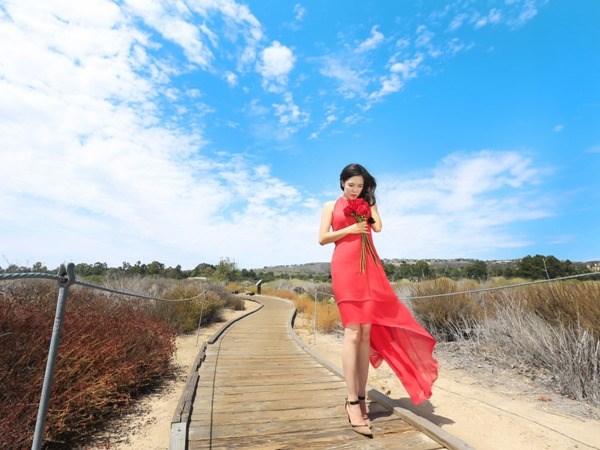 "Ca sy Thu Phuong chinh thuc ra mat CD ""Phia nao den chan troi"" hinh anh 2"