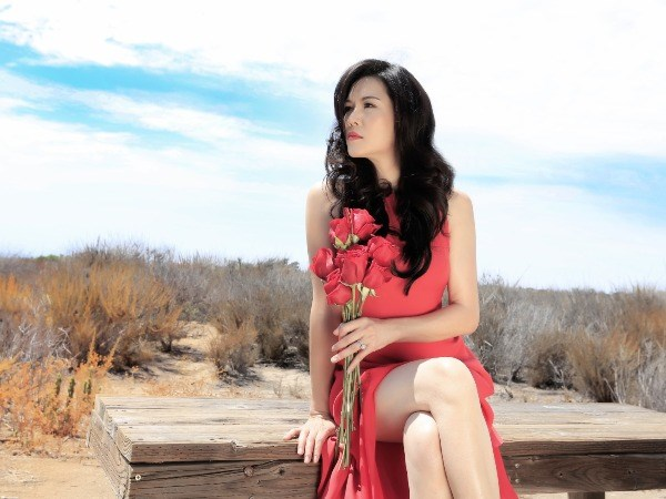 "Ca sy Thu Phuong chinh thuc ra mat CD ""Phia nao den chan troi"" hinh anh 1"