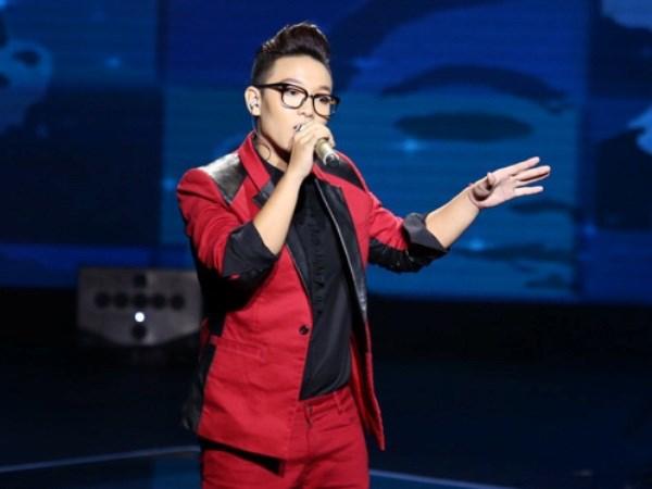 Liveshow 3 Giong hat Viet: Rapper tai nang Kimmese bat ngo bi loai hinh anh 3