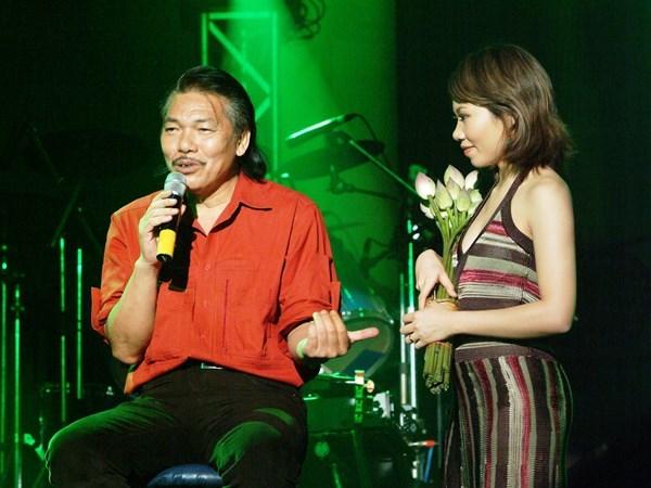 Tran Thu Ha: Uyen Linh la nguoi tre hat nhac Tran Tien hay nhat hinh anh 4