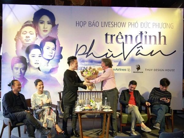 """Dem nhac Pho Duc Phuong vang hai """"nang tho"""" My Linh va Minh Thu hinh anh 2"""