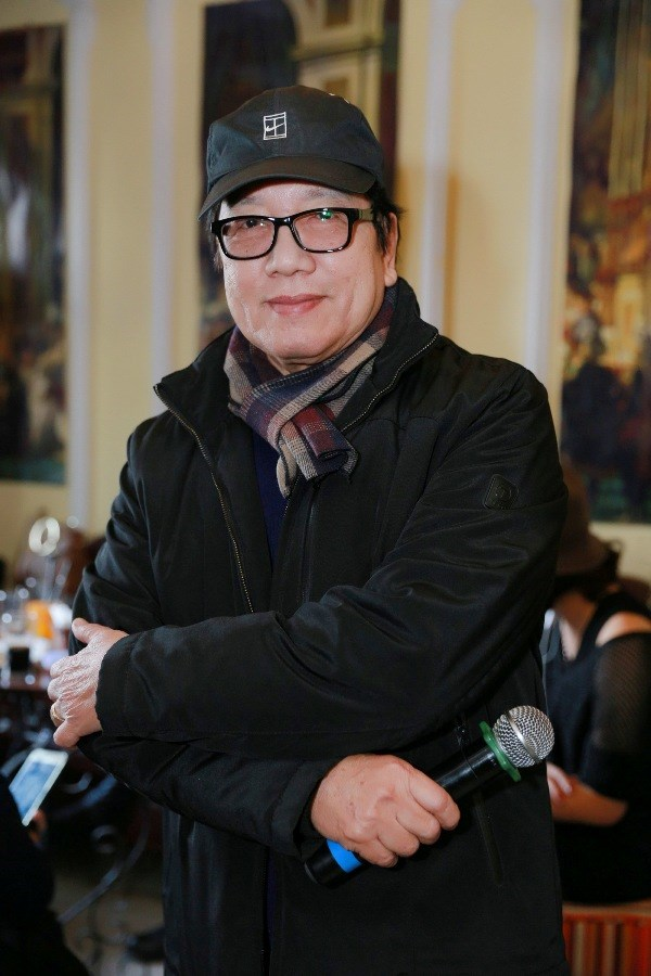 Elvis Phuong: Nghe hat bac lam, chong bi dao thai, chong bi lang quen hinh anh 2