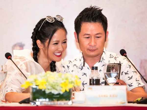 """""""In The Spotlight - Tuoi tho Toi"""": Cuoc choi trac an ve mien ky uc hinh anh 4"""
