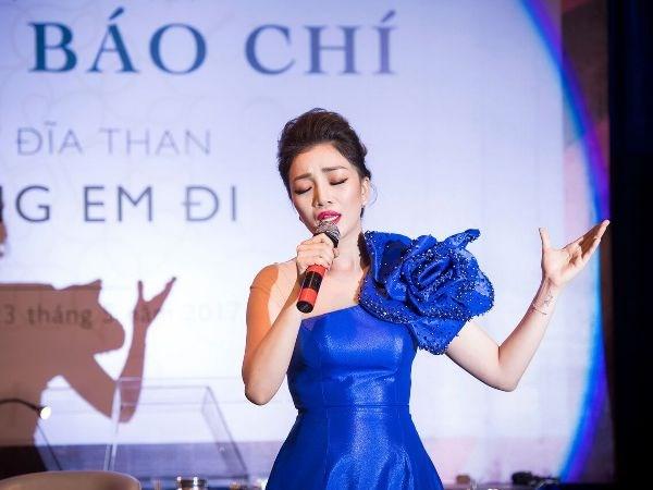 Giong ca ban co dien Pham Thu Ha trinh lang dia than hat Pham Duy hinh anh 2
