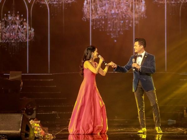 """Tung Duong, Bang Kieu chinh phuc gan 4 nghin phu nu trong dem """"Son"""" hinh anh 2"""