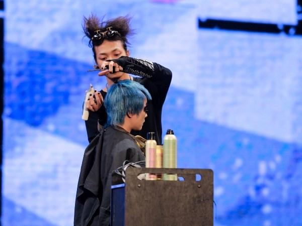 Man nhan khong gian san khau lon ky luc cua Davines Hair Show 2017 hinh anh 6