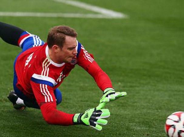 Qua bong Vang FIFA 2014: Neuer se lam nen dieu bat ngo? hinh anh 3