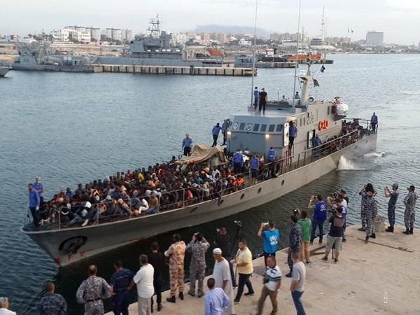 Libya chan gan 160 nguoi ti nan dang vuot bien sang chau Au hinh anh 1