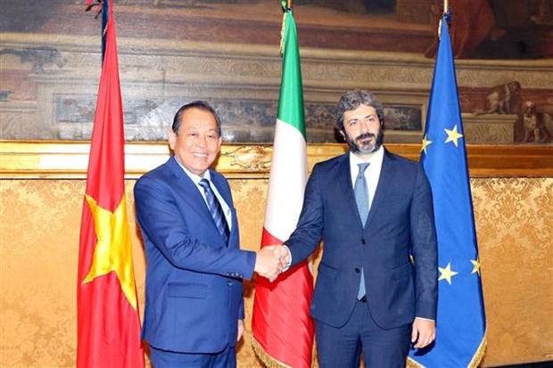 Pho Thu tuong Truong Hoa Binh de nghi Italy som phe chuan EVFTA hinh anh 1