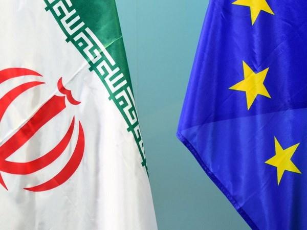 Iran, EU se hoan tat co che hop tac bat chap suc ep tu My hinh anh 1