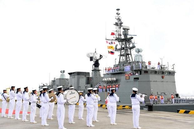 ASEAN, Trung Quoc ket thuc tap tran quan su hang hai chung hinh anh 1