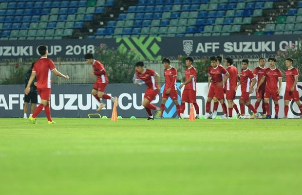 AFF Suzuki Cup 2018: Doi tuyen Viet Nam ngai mat san Thuwunna hinh anh 1