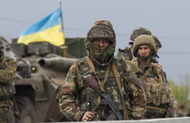 Ukraine dat luc luong vu trang vao tinh trang san sang chien dau hinh anh 1