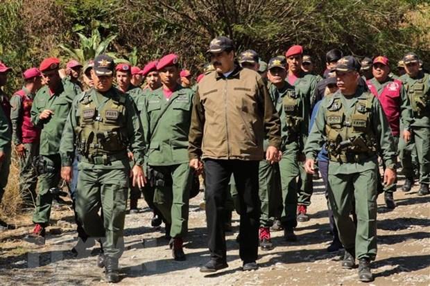Tong thong Venezuela keu goi tang cuong cong tac tinh bao hinh anh 1