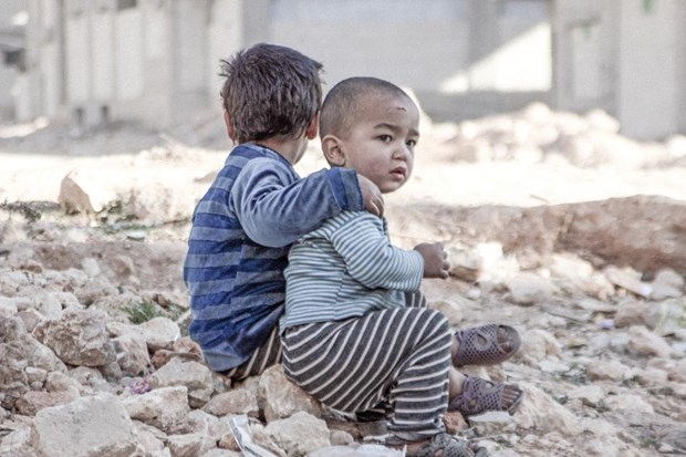 Bao dong tre em thiet mang khi chay khoi vung chien su o Syria hinh anh 1