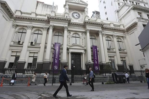 IMF phe duyet viec giai ngan khoan vay gan 11 ty USD cho Argentina hinh anh 1