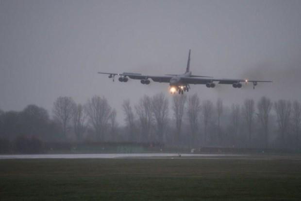 Dien Kremlin quan ngai ve viec My dieu may bay B-52 toi chau Au hinh anh 1