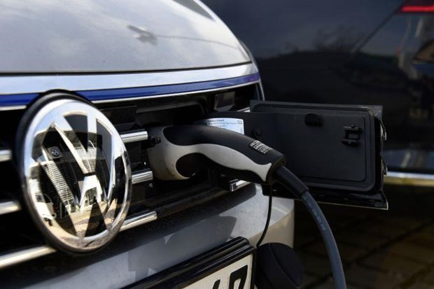 Volkswagen hinh thanh lien minh san xuat pin cho oto dien o chau Au hinh anh 1