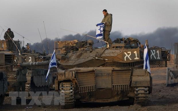 Quan doi Israel dieu them luc luong moi den sat Dai Gaza hinh anh 1