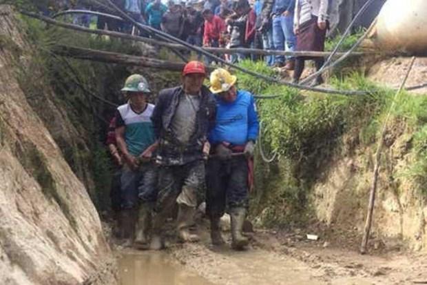 Peru: 8 cong nhan thiet mang do khi doc trong ham khai thac vang hinh anh 1