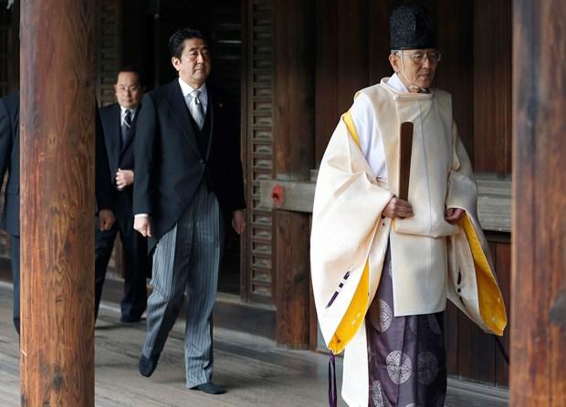 Thu tuong Nhat Ban quyet dinh khong tham den Yasukuni hinh anh 1