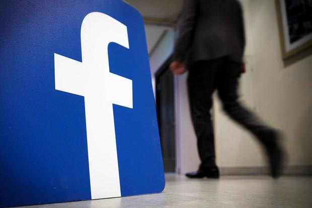 Facebook quyet dinh