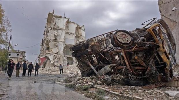 Giao tranh tiep tuc leo thang tai khu vuc Tay Bac Syria hinh anh 1