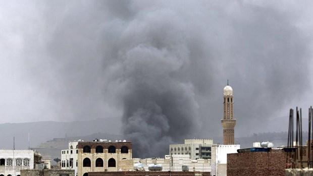 Lien quan Arab khong kich luc luong Houthi tai thu do Yemen hinh anh 1