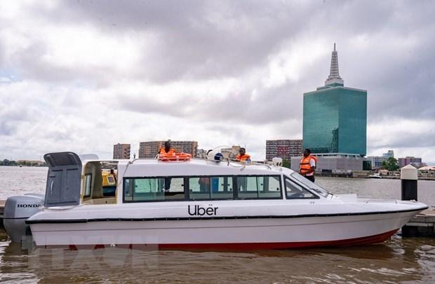 Uber ra mat dich vu taxi duong thuy thu hai tren the gioi tai Nigeria hinh anh 1
