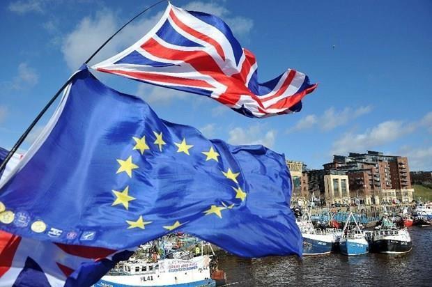 Van de Brexit: Du luan trai chieu ve thoa thuan moi giua Anh va EU hinh anh 1