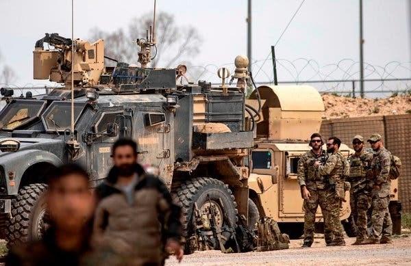 Binh sy My rut khoi Syria khong duoc phep o lai Iraq hinh anh 1