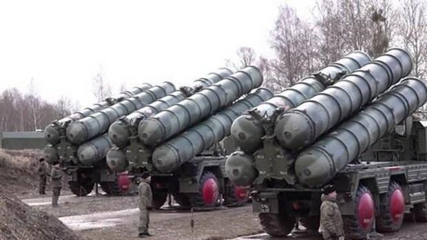 Serbia phu nhan thuong vu mua he thong phong khong S-400 cua Nga hinh anh 1