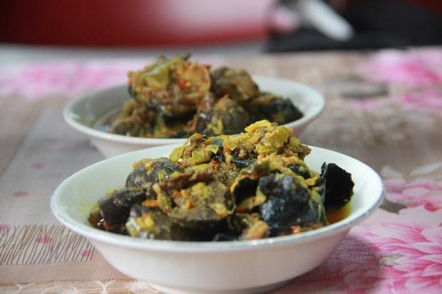 Bat chap lenh cam, nguoi dan tai Indonesia van an thit doi hinh anh 1