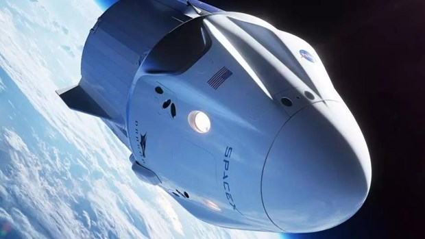 SpaceX cong bo du an moi dua du khach vao khong gian hinh anh 1