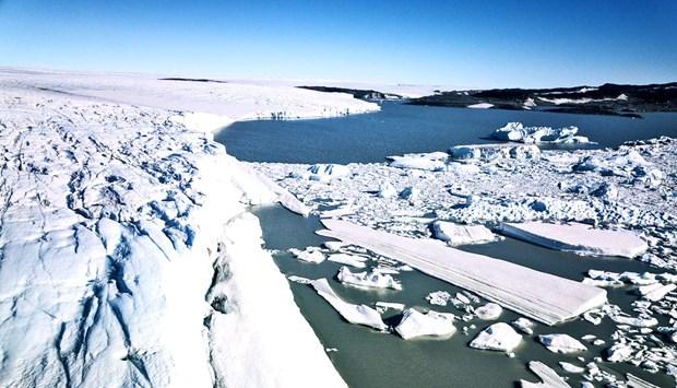 Bien doi khi hau: Song bang Greenland thu hep ky luc hinh anh 1