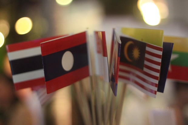 Hoi nghi Tu lenh Luc quan ASEAN ve hop tac phong, chong COVID-19 hinh anh 1
