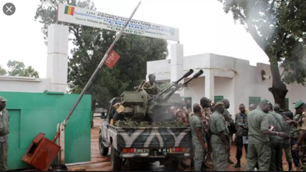 Cac binh sy Mali no sung, noi loan ben ngoai thu do Bamako hinh anh 1