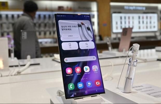 Samsung dan dau thi truong dien thoai thong minh toan cau quy III/2020 hinh anh 1
